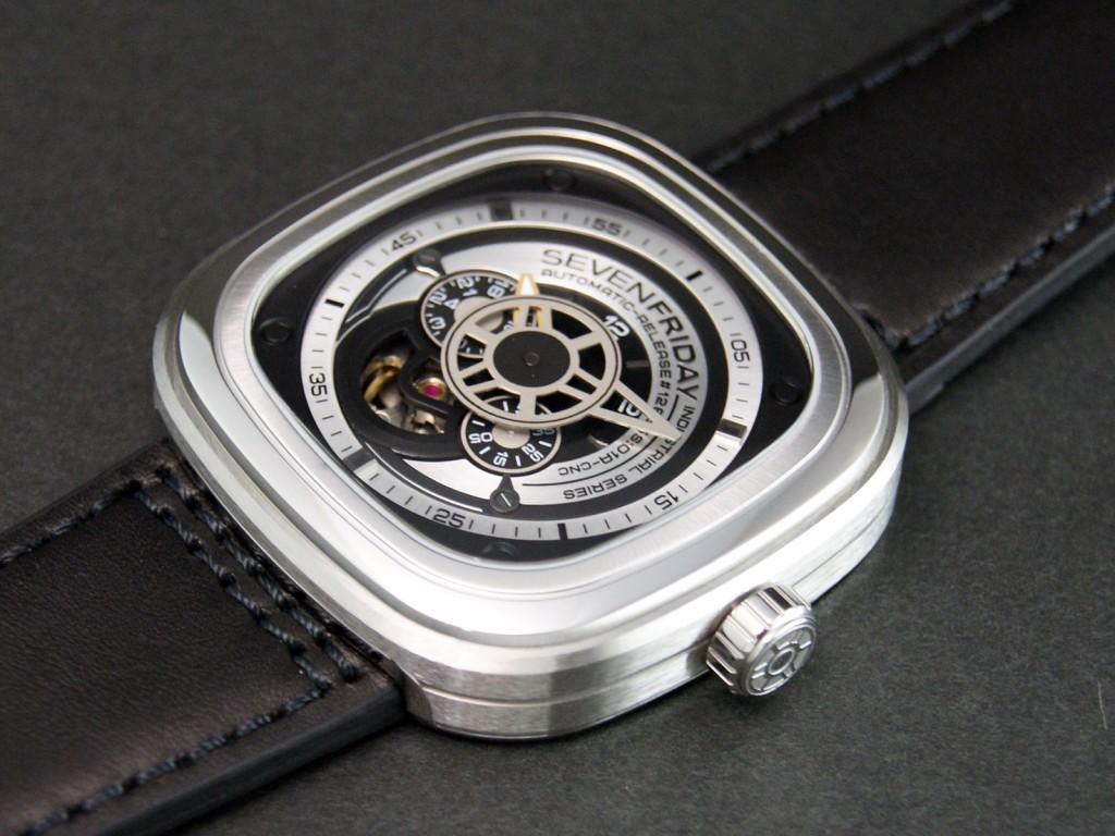 Đồng hồ Senvenfriday P1B-1 kính cứng chống loá