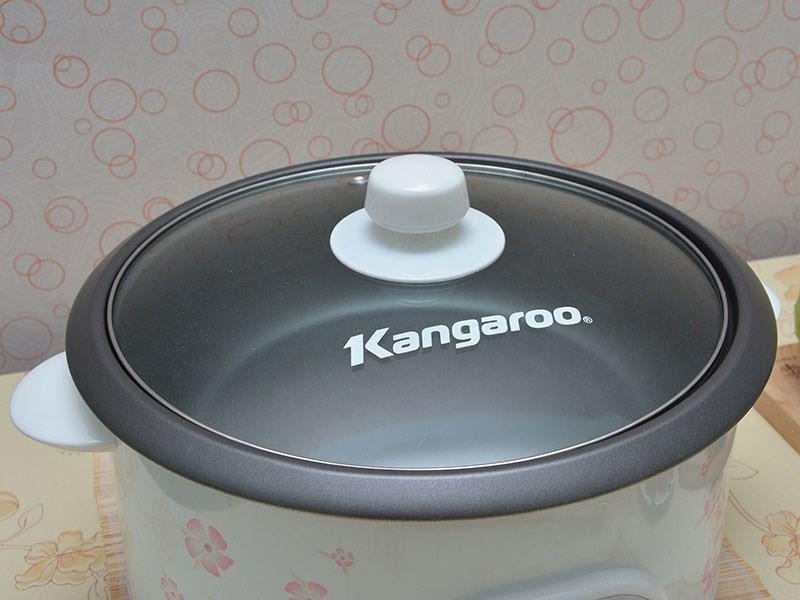 Nồi lẩu điện Kangaroo KG 800N nắp kính cứng