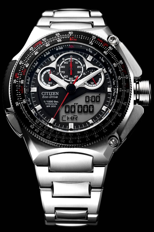 Đồng hồ Citizen Eco-Drive Super Chronograph 100