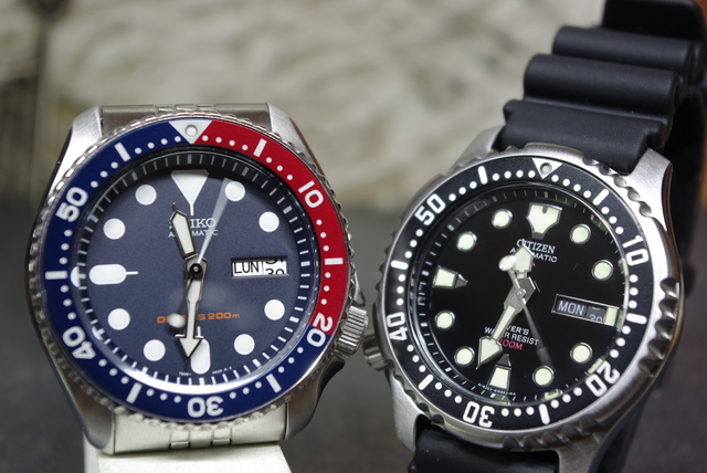 So sánh đồng hồ Citizen NY040 và Seiko 007