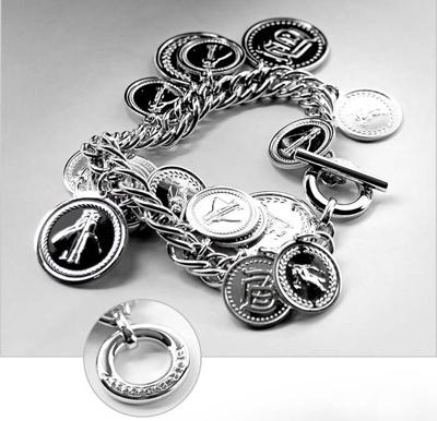 Đồng hồ nữ kiểu dáng mới