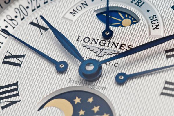 Đồng hồ Longines nam L2.673.4.78.6 mặt nền đen