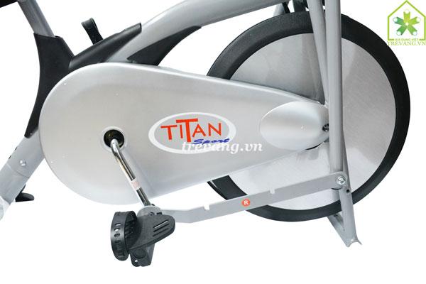 Xe đạp tập thể dục Titan thương hiệu cao cấp