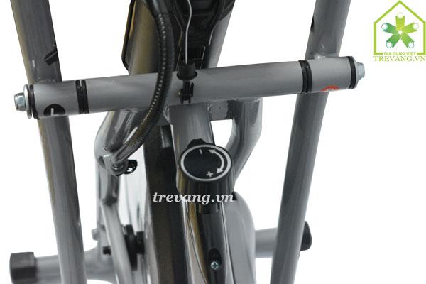Xe đạp tập thể dục Titan điều chỉnh