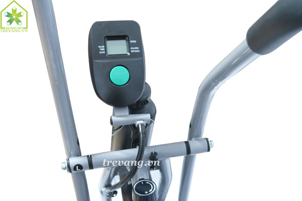 Xe đạp tập thể dục Titan hiển thị đèn LCD