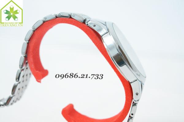 Đồng hồ Tissot T41.2 nghiêng