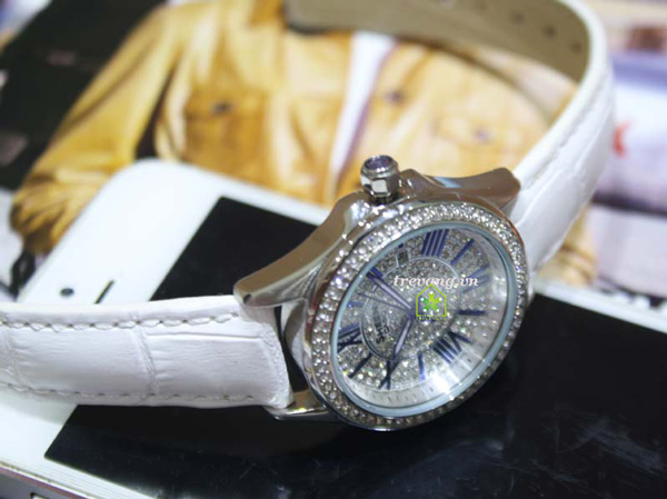 Đồng hồ Casio nữ SHE-4510L-7A dây da