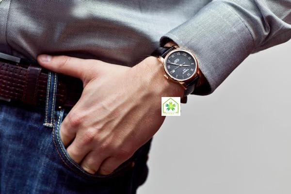 Đồng hồ Tissot nam T41.5.423.53 đeo tay