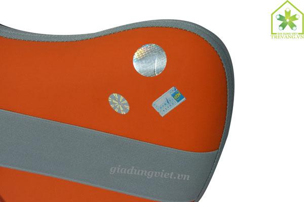 Gối massage hồng ngoại Okira OK-811 tem chất lượng