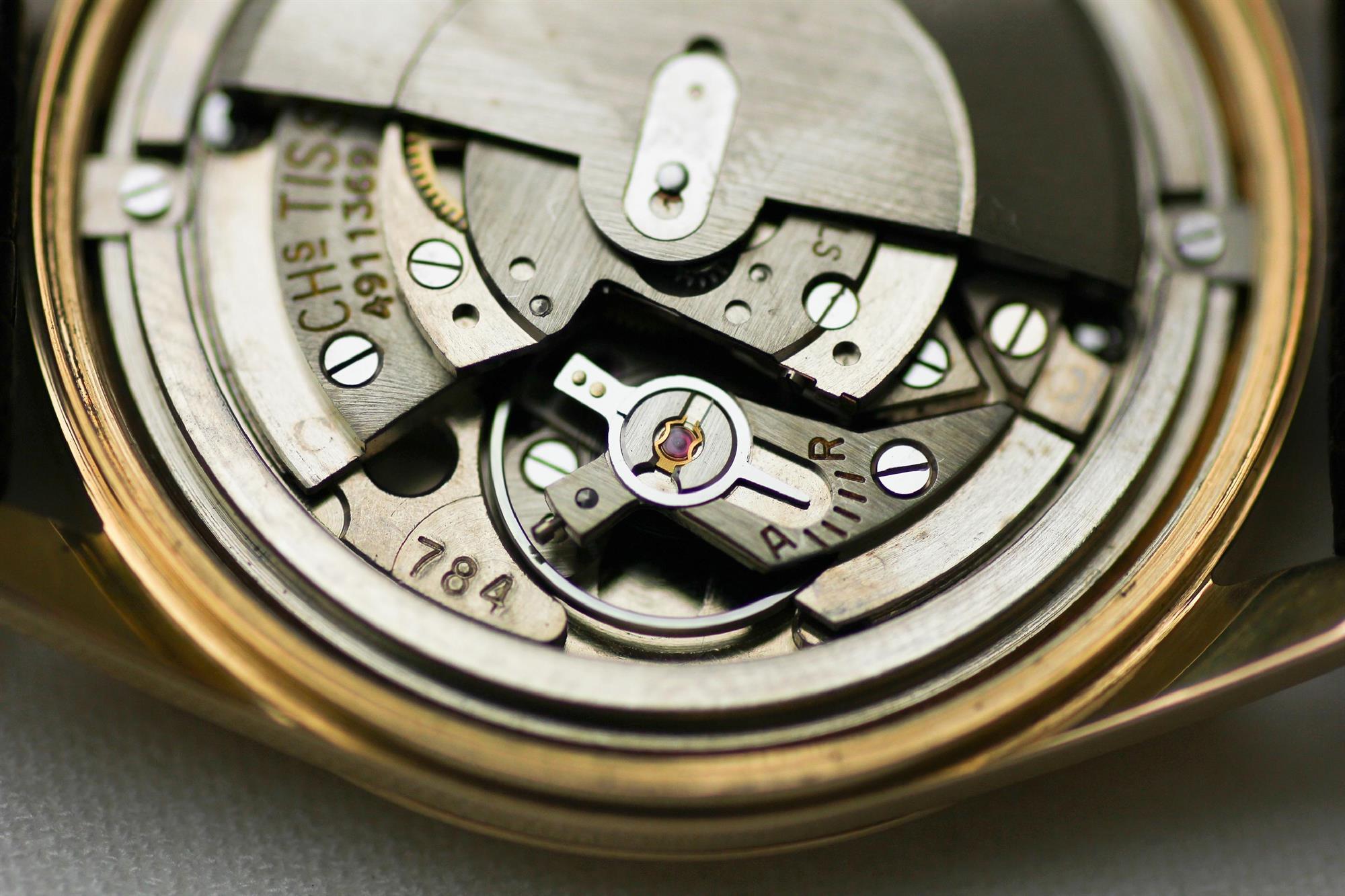 Đồng hồ Tissot 1853 cỗ máy thời gian