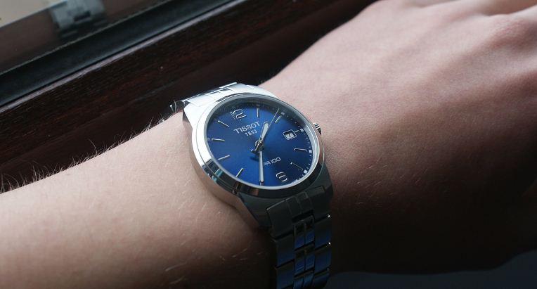 đồng hồ Tissot PR100 mặt xanh