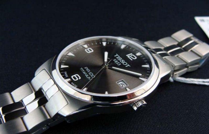 đồng hồ Tissot PR100 Titanium