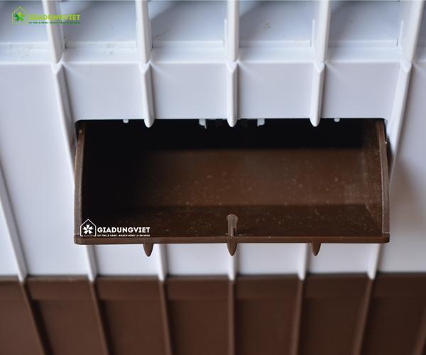Quạt điều hòa không khí Panasonic DH-889 nơi đổ nước