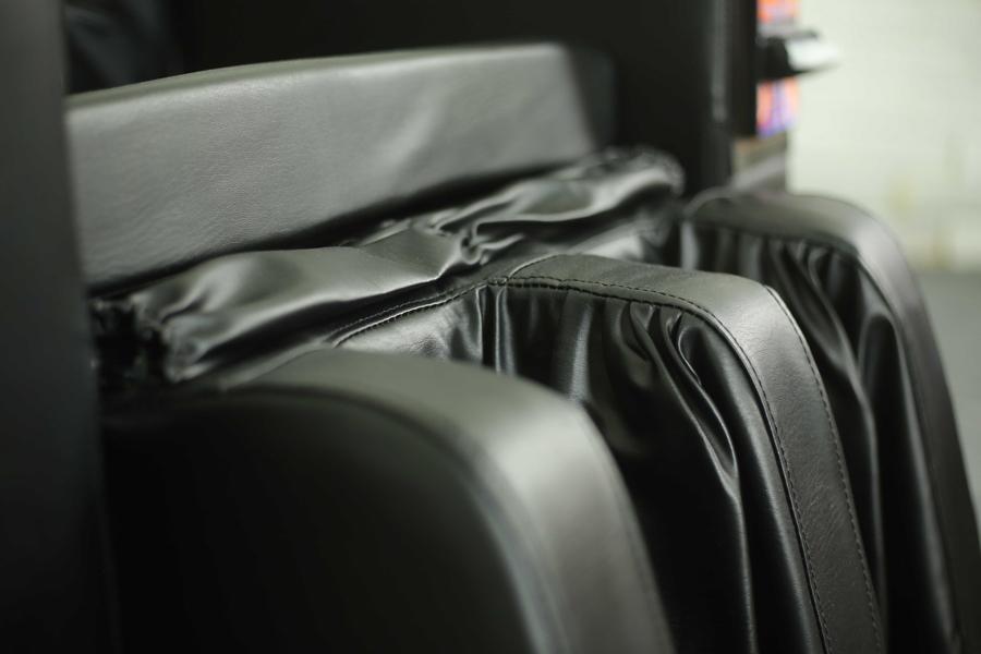 Vị trí matxa chân của ghế massage tính tiền tự động Panasonic