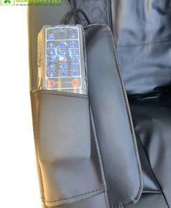 ghế massage Saporoo 8600 điều khiển