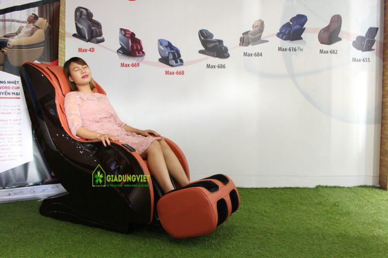 Ghế massage toàn thân Maxcare Max616S min