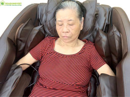 ghế massage Nhật Bản Saporoo 6800 túi khí đầu