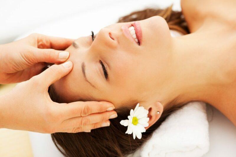 cách massage đầu đúng cách không thể bỏ qua
