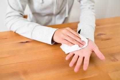 Thuốc trị ra mồ hôi tay chân ở người bệnh ?